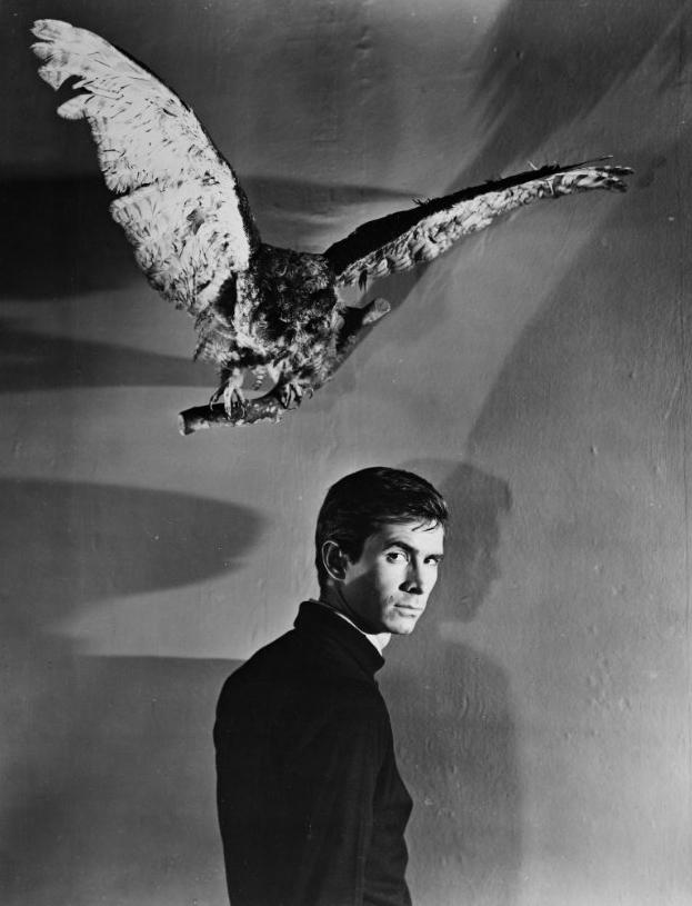 anthony-perkins-psycho-hitchcock.jpg